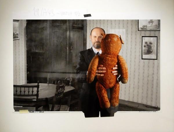 34. Jan Švankmajer: fotokoláž z cyklu Přežít svůj život