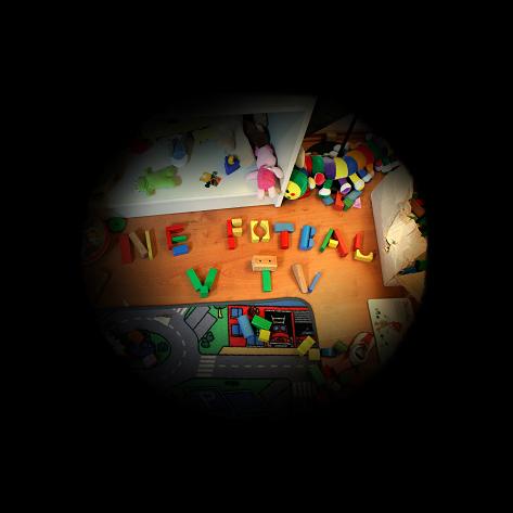 Radka Doležalová - Autošpehýrky z cyklu Mateřské bolesti, 30 x 30 x 30 cm, lightbox, 2008
