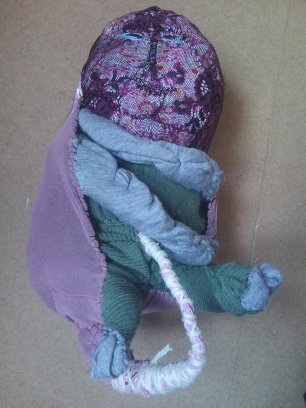 Martinka: Miminko, textil, 2011